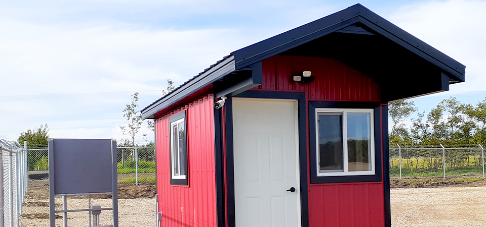 The Do's And Don'ts Of Organizing Your Shed